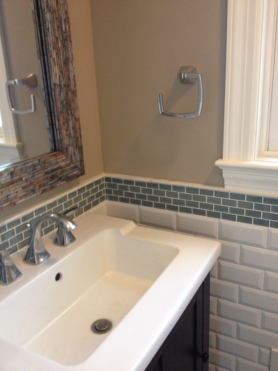 Special Glass Tile Backsplash In Bathroom Awesome Design Ideas 4091