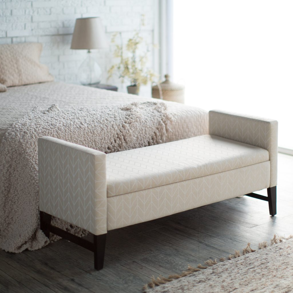 The Ease Of Decorating With Bedroom Benches Bestartisticinteriors