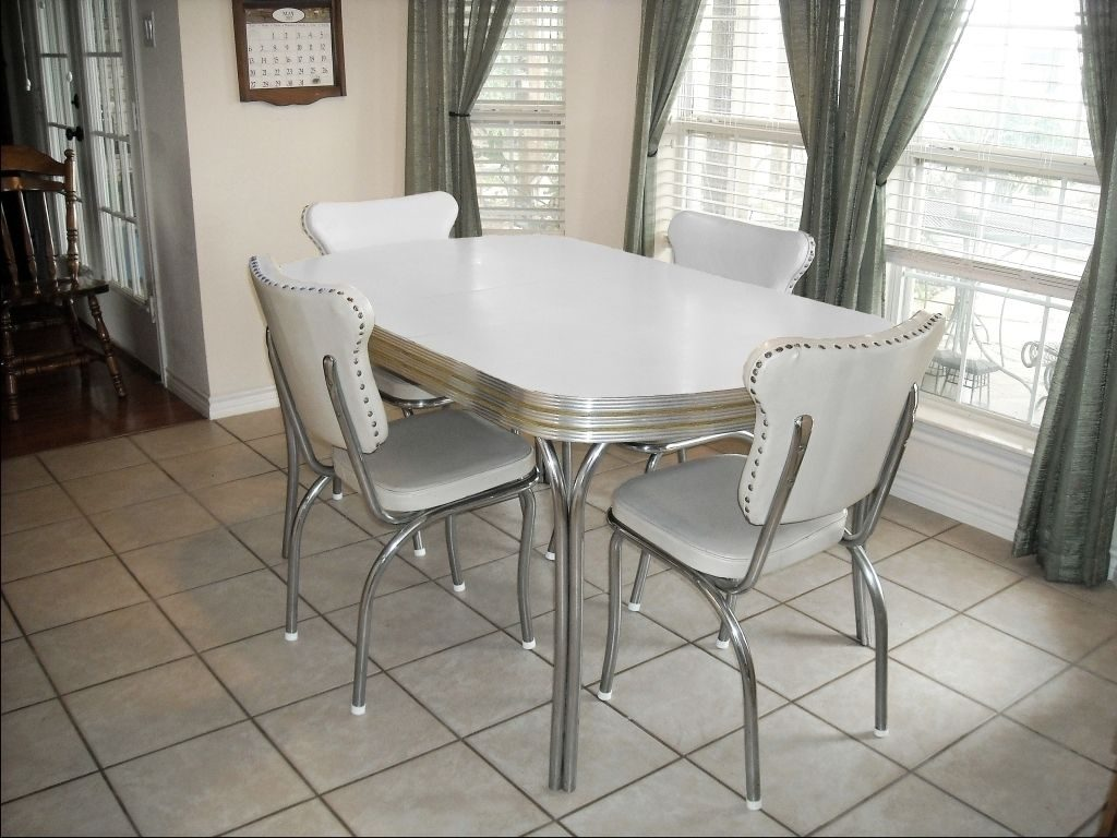Vintage Retro 1950s White Kitchen Or Dining Room Table With 4