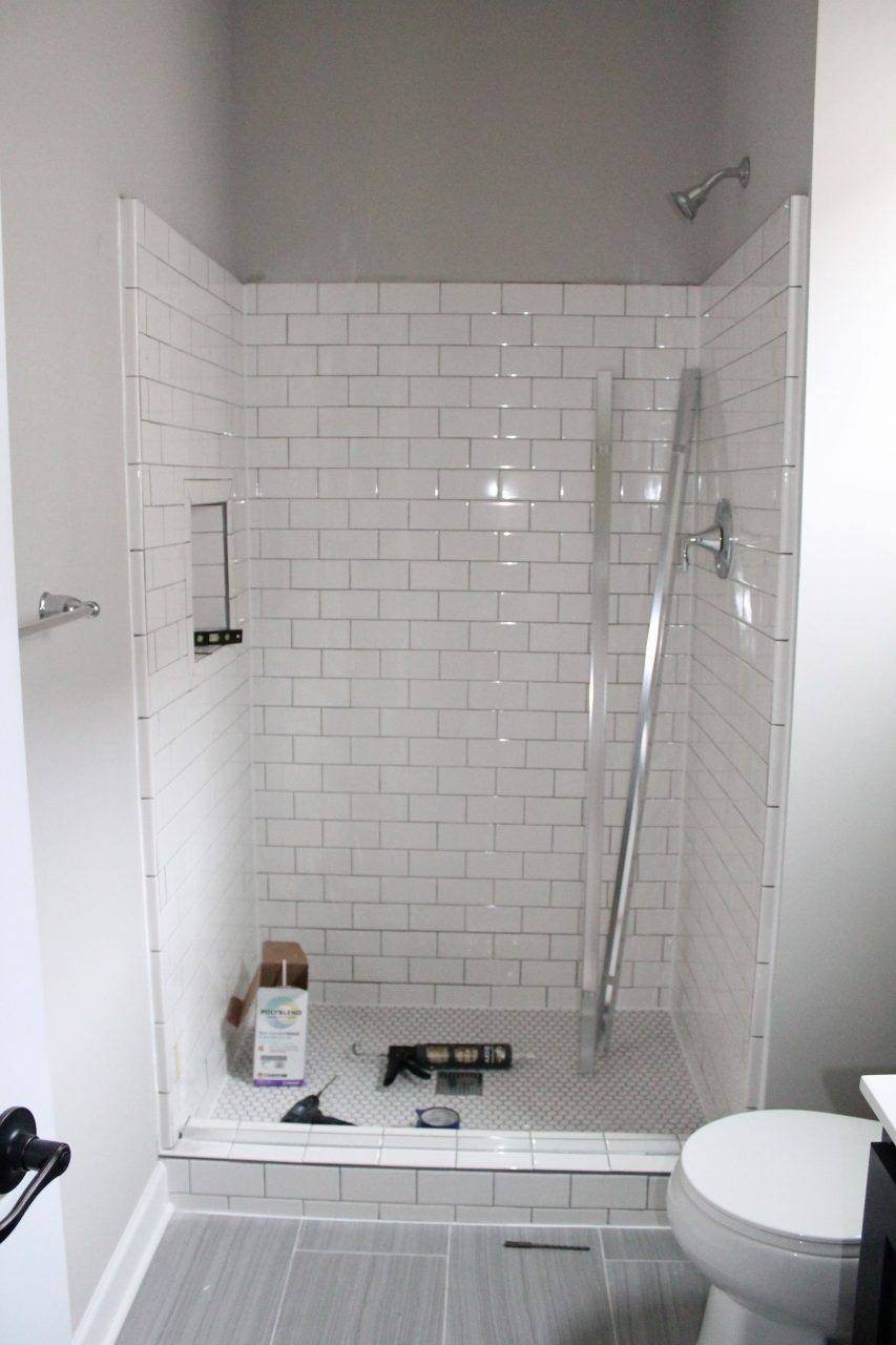 13 Best Bathroom Remodel Ideas Makeovers Design House Re Dos
