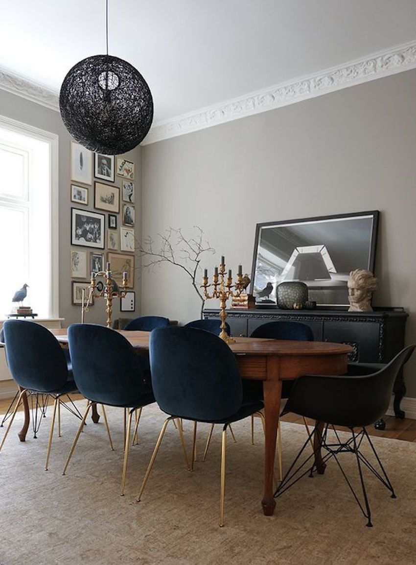 15 Astounding Oval Dining Tables For Your Modern Dining Room In 2018