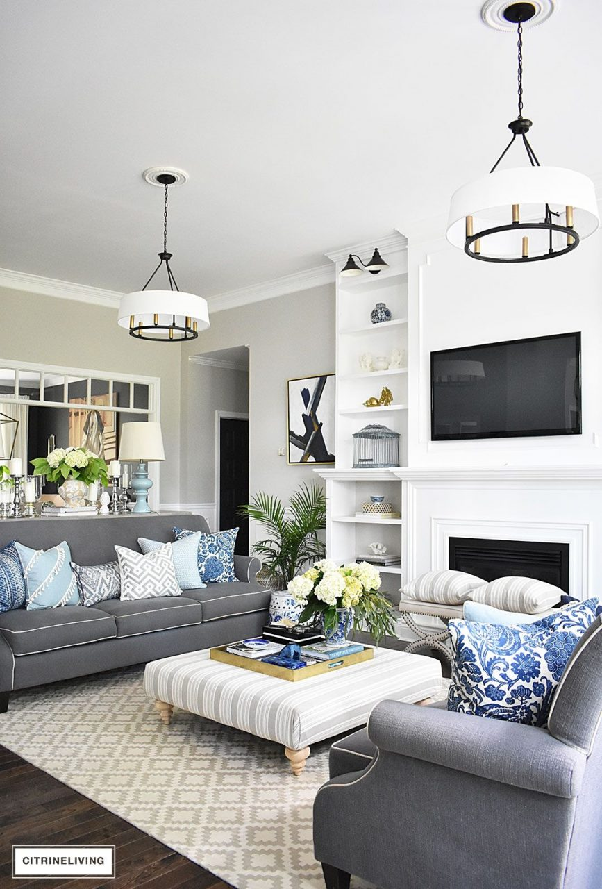 20 Fresh Ideas For Decorating With Blue And White Blue And White