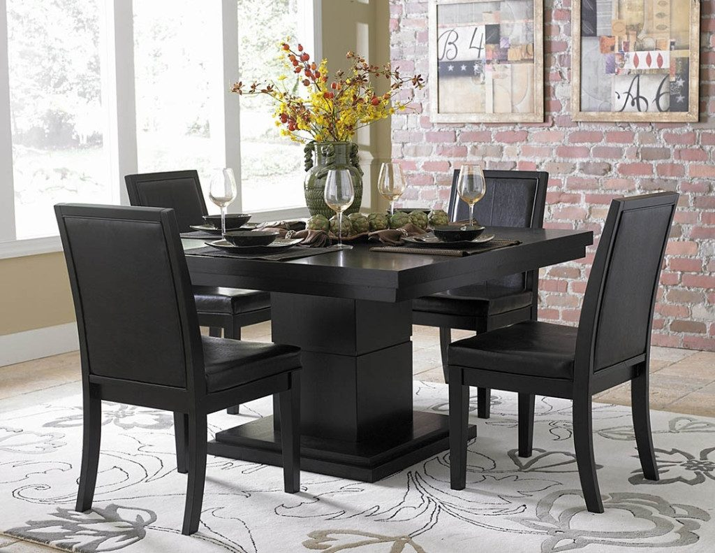 Advantages Of Choosing Black Dining Room Sets