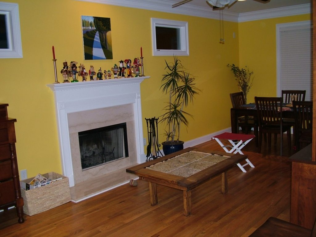Amazing Of Living Room Accent Wall Colors Yellow Accent W 1661
