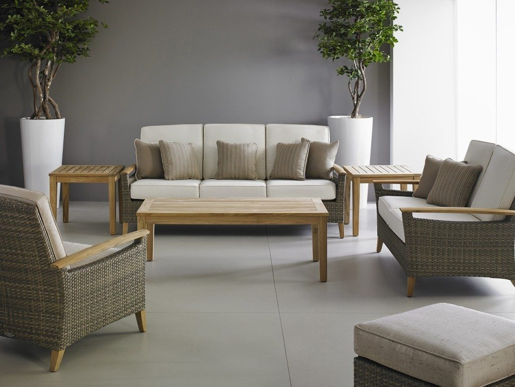 Blurring The Lines Between Indoors Outdoors The Columbian