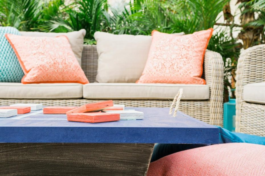 Cleaning Outdoor Furniture Diy