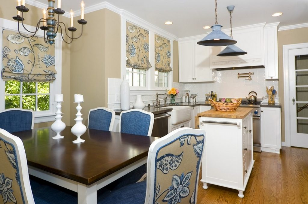 Enticing Kitchen Breakfast Table Paint Schemes For And Dining Room