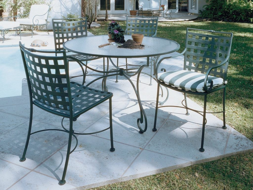 Fabulous Cast Iron Patio Table Outdoor Wrought Iron Patio Furniture