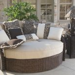 Fall The Best Season For Entertaining With Outdoor Furniture