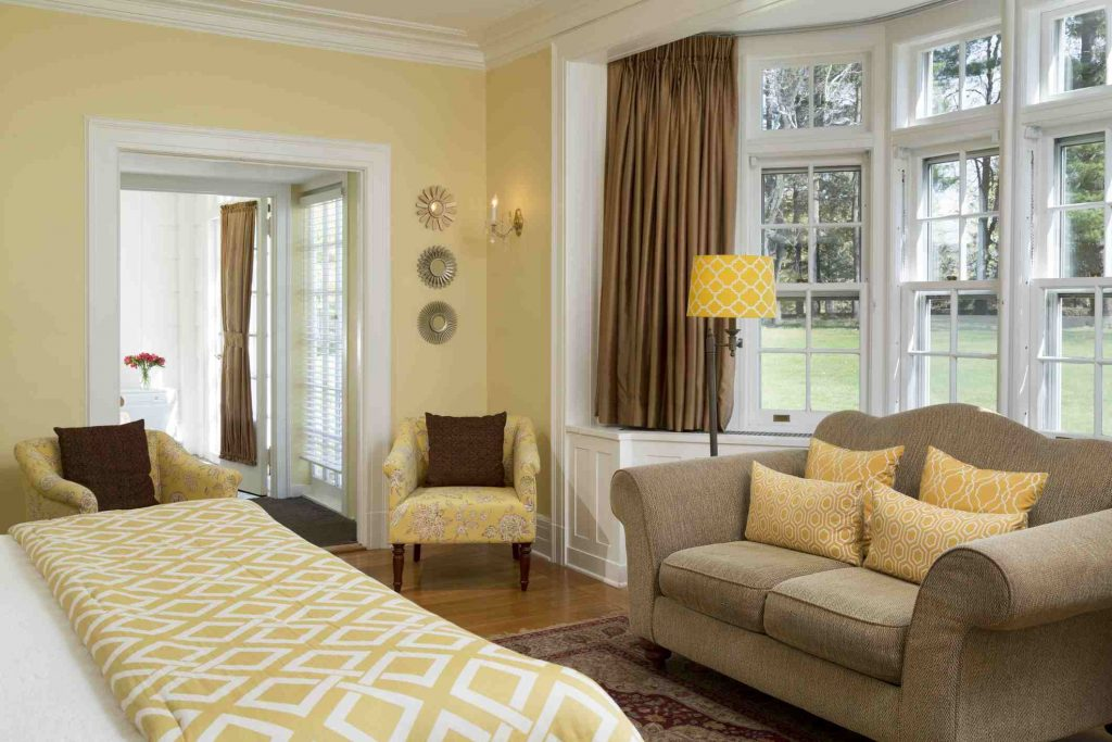 Feng Shui Gold Decorate Your House With Gold Yellow