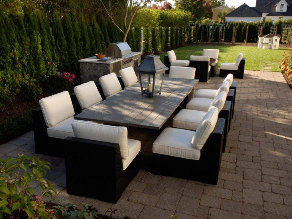 Furnishing Your Outdoor Room Hgtv