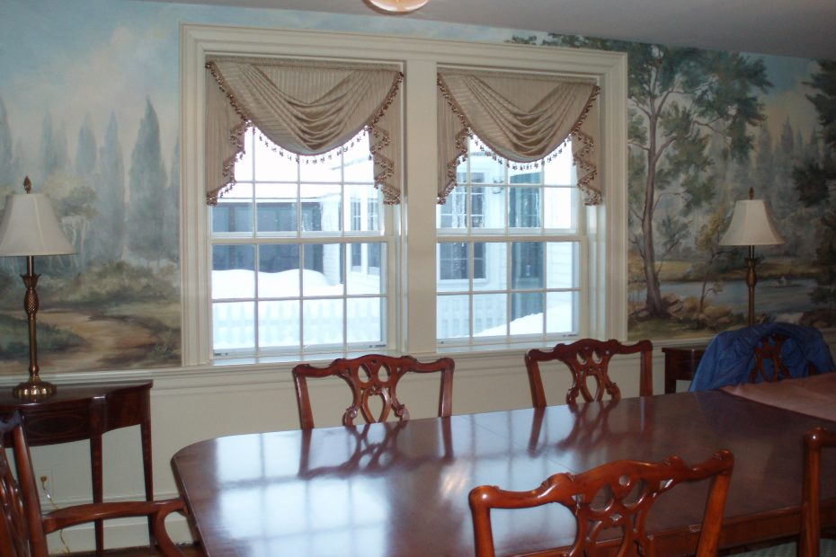 Glamorous Curtains For Bay Windows In Dining Room Bathroom Set