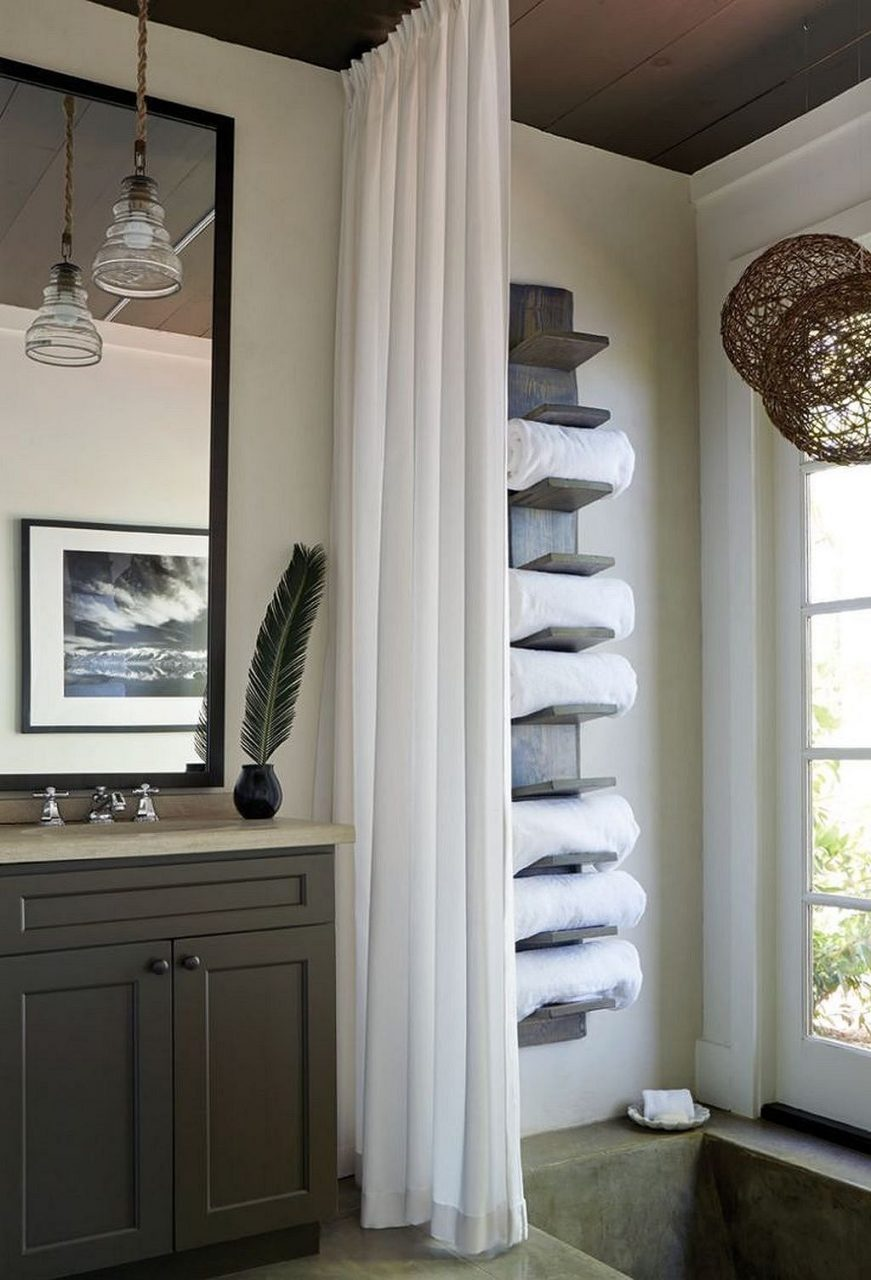Gorgeous 40 Towel Storage For Small Bathroom Ideas Https
