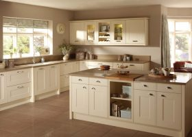 Kitchen Wall Colours With Cream Cabinets