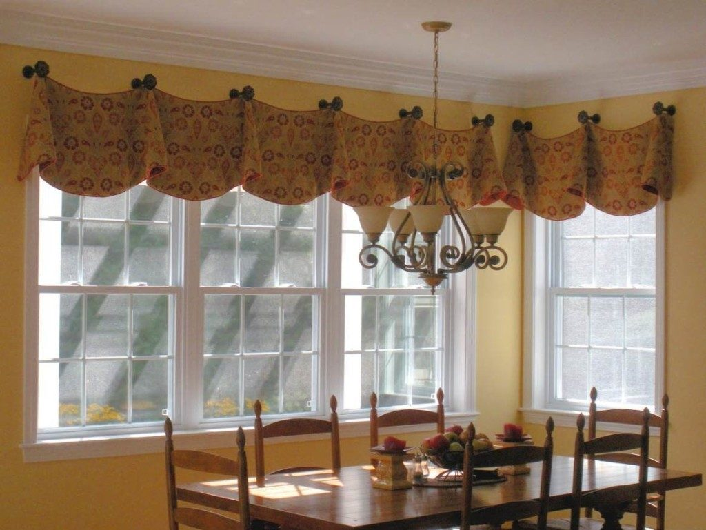 Kitchen Bay Window Curtain Ideas Dining Table The Middle Room Modern