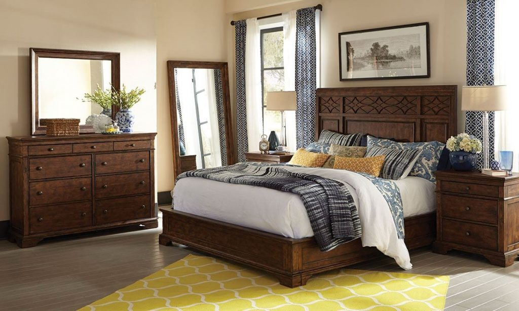 Trisha Yearwood Katie Queen Bedroom Furniture Set The Dump Luxe