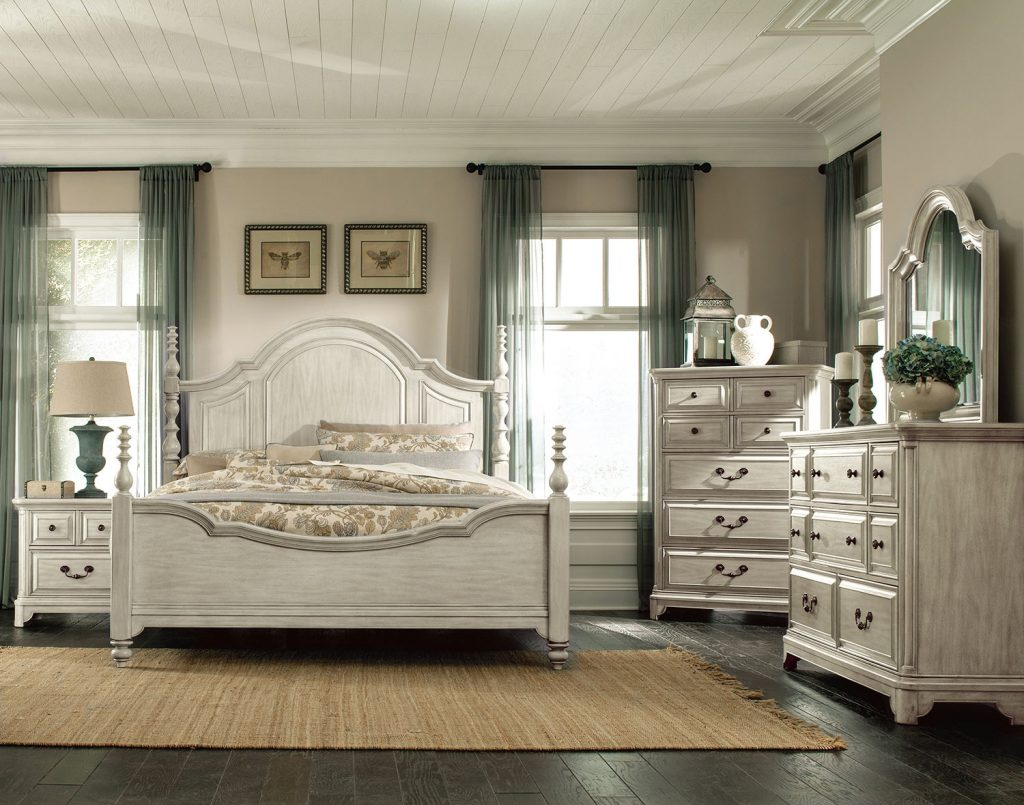 Windsor Lane Queen 4 Piece Queen Bedroom Set White
