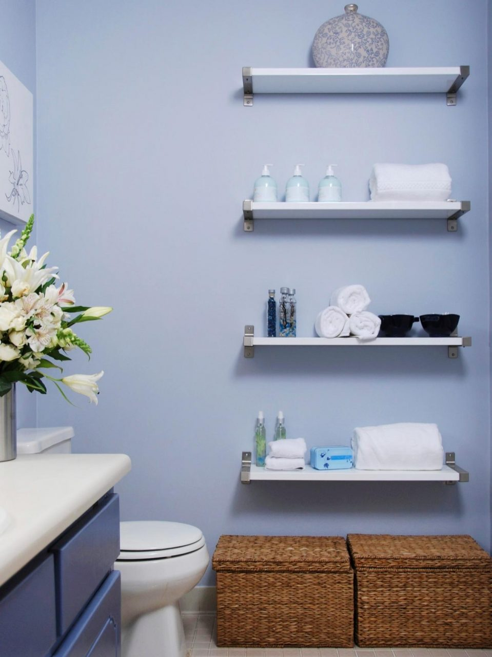 12 Ways To Decorate With Floating Shelves Hgtvs Decorating