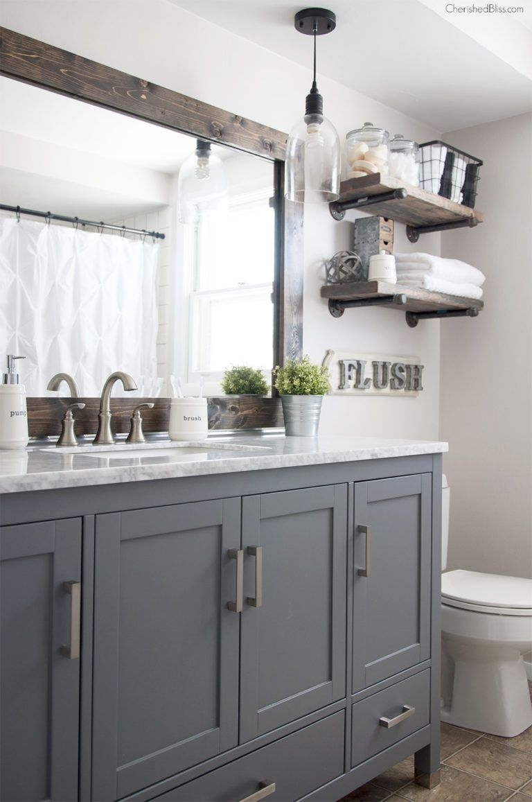 17 Classic Gray And White Bathrooms