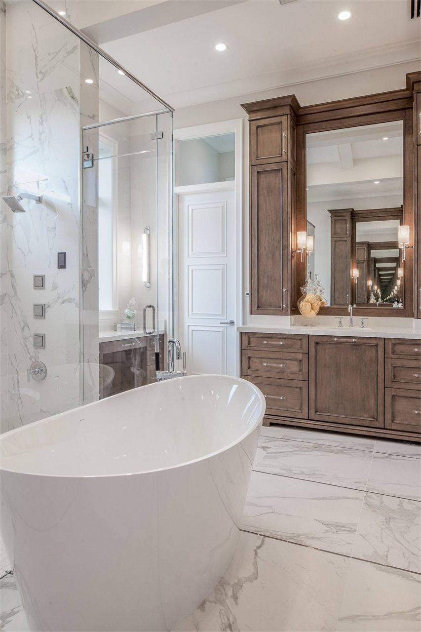 727 Buttonbush Lane Naples Fl 34108 Master Bathroom With His And