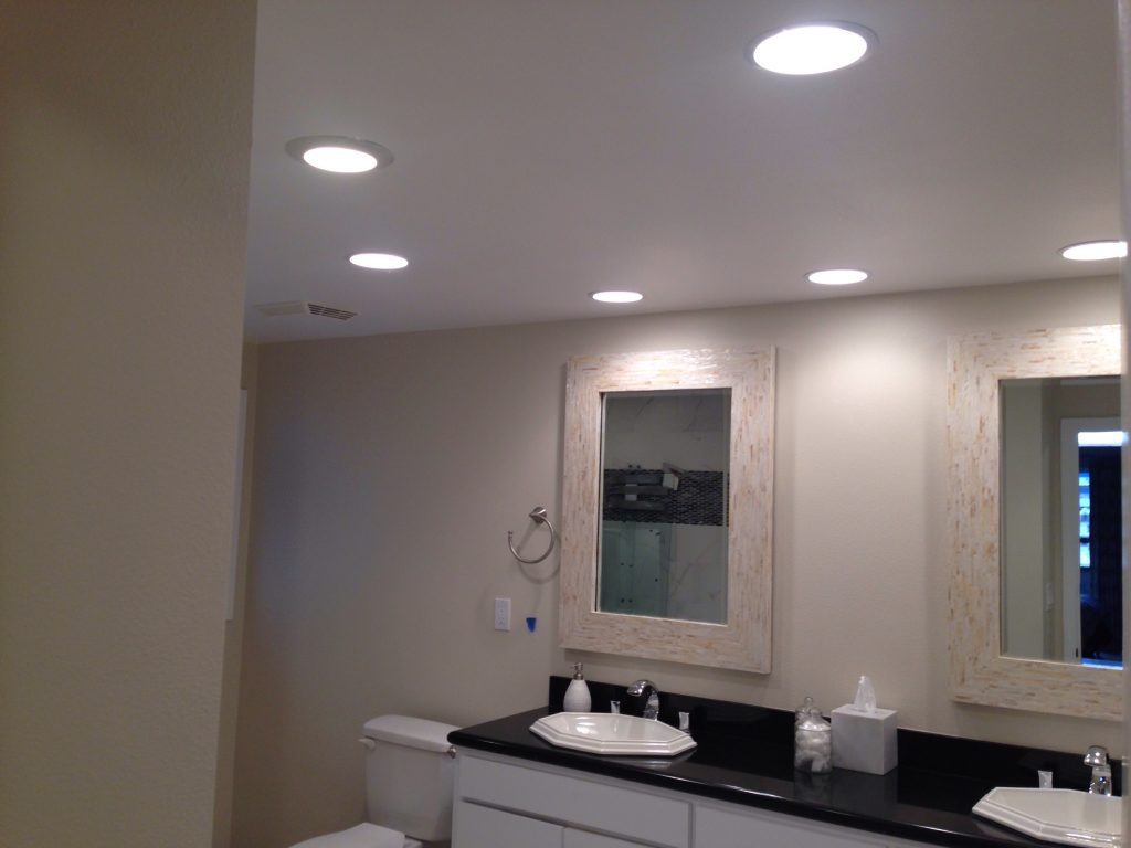 A Guide To Layered Bathroom Lighting For Optimum Illumination