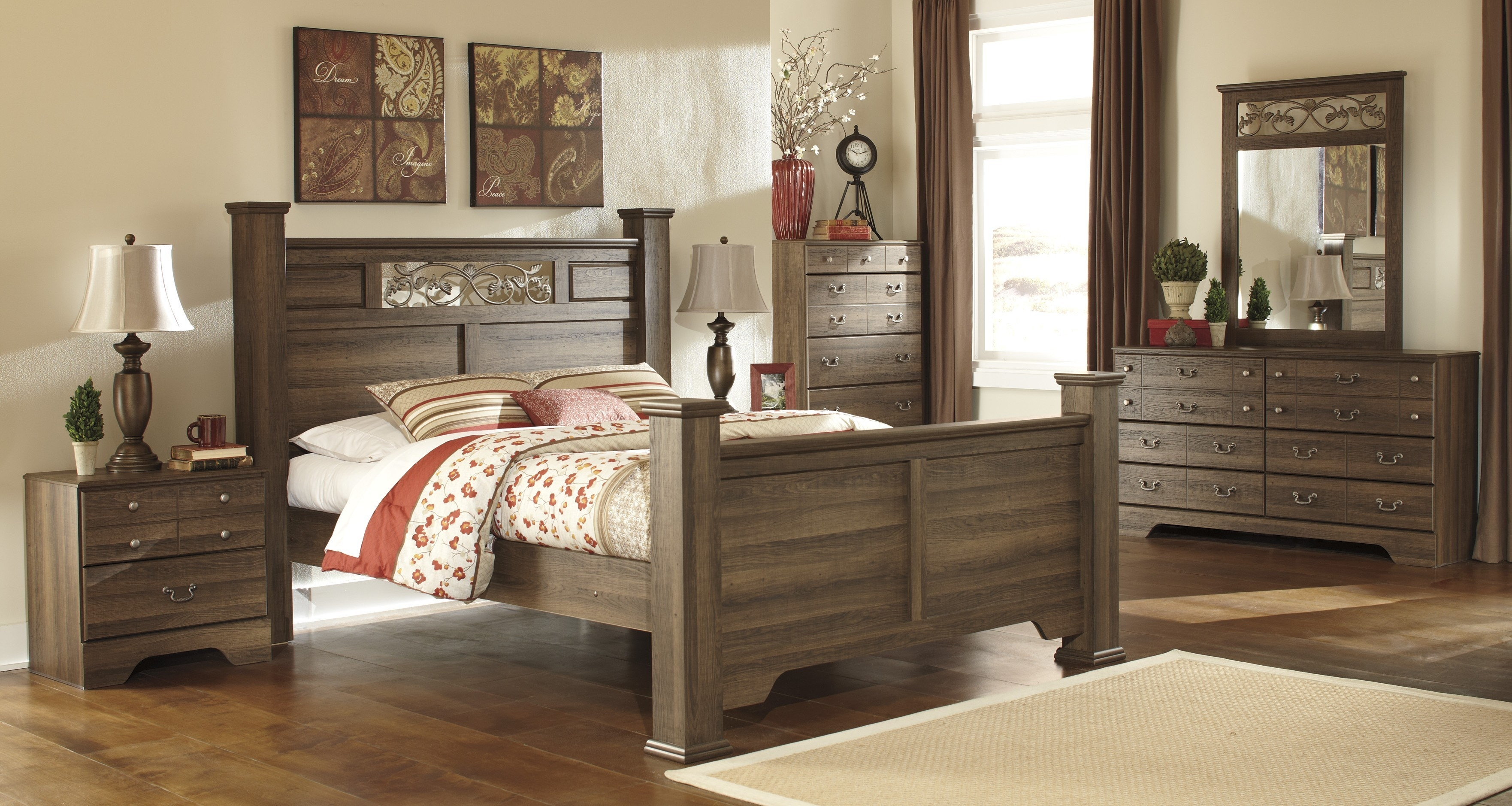 Picture of: Ashley Furniture Bedroom Sets King Hawk Haven Layjao