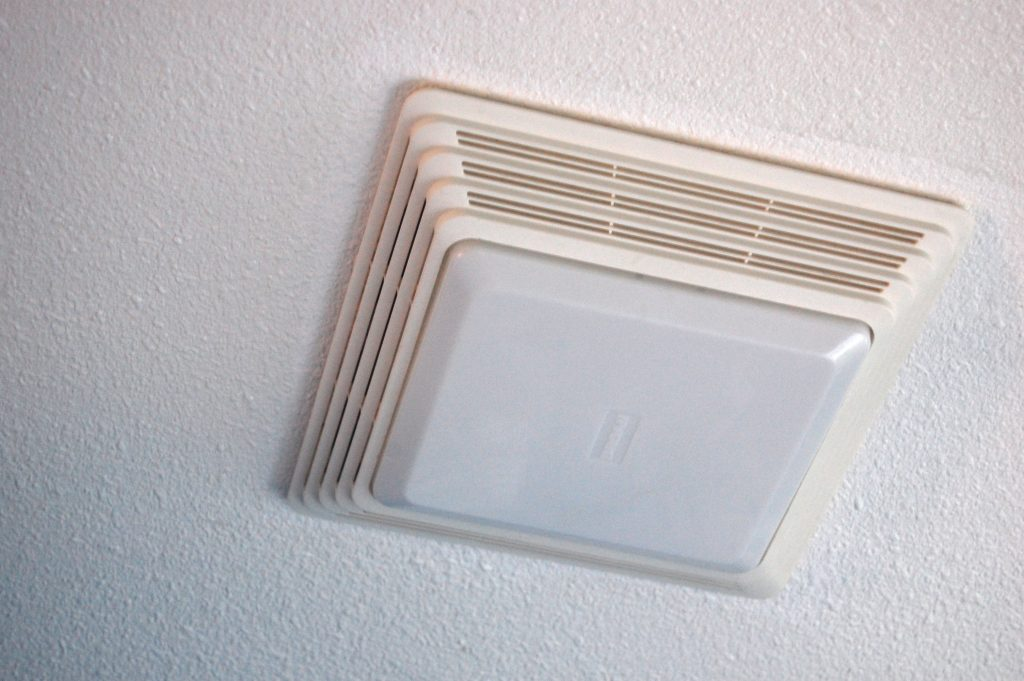 Cleaning Your Bathroom Fan With A Light Diy Project Aholic