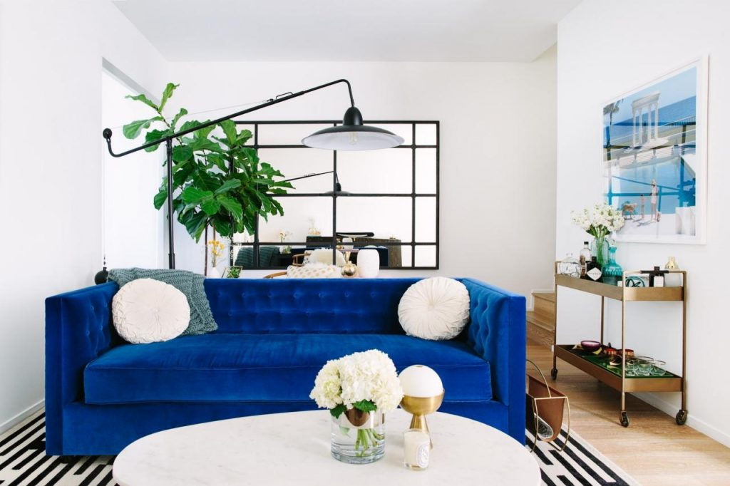 Cool Down Your Design With Blue Velvet Furniture Hgtvs Decorating