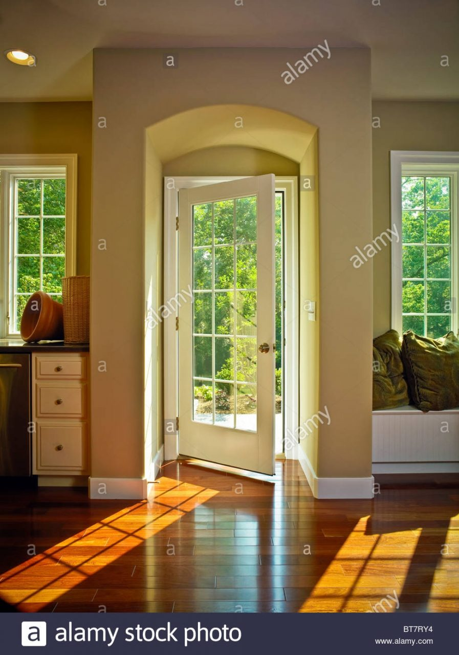 Dining Room French Door Alcove Stock Photos Dining Room French
