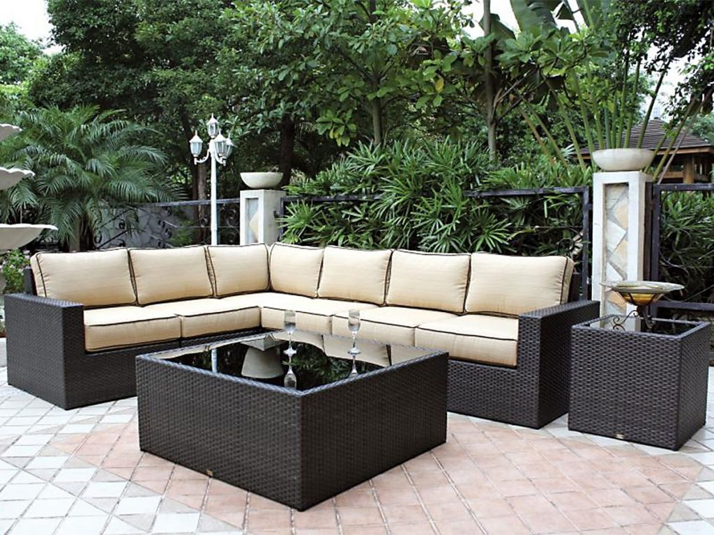 Furniture L Shaped Black Outdoor Sofa With Large Square Glass Top