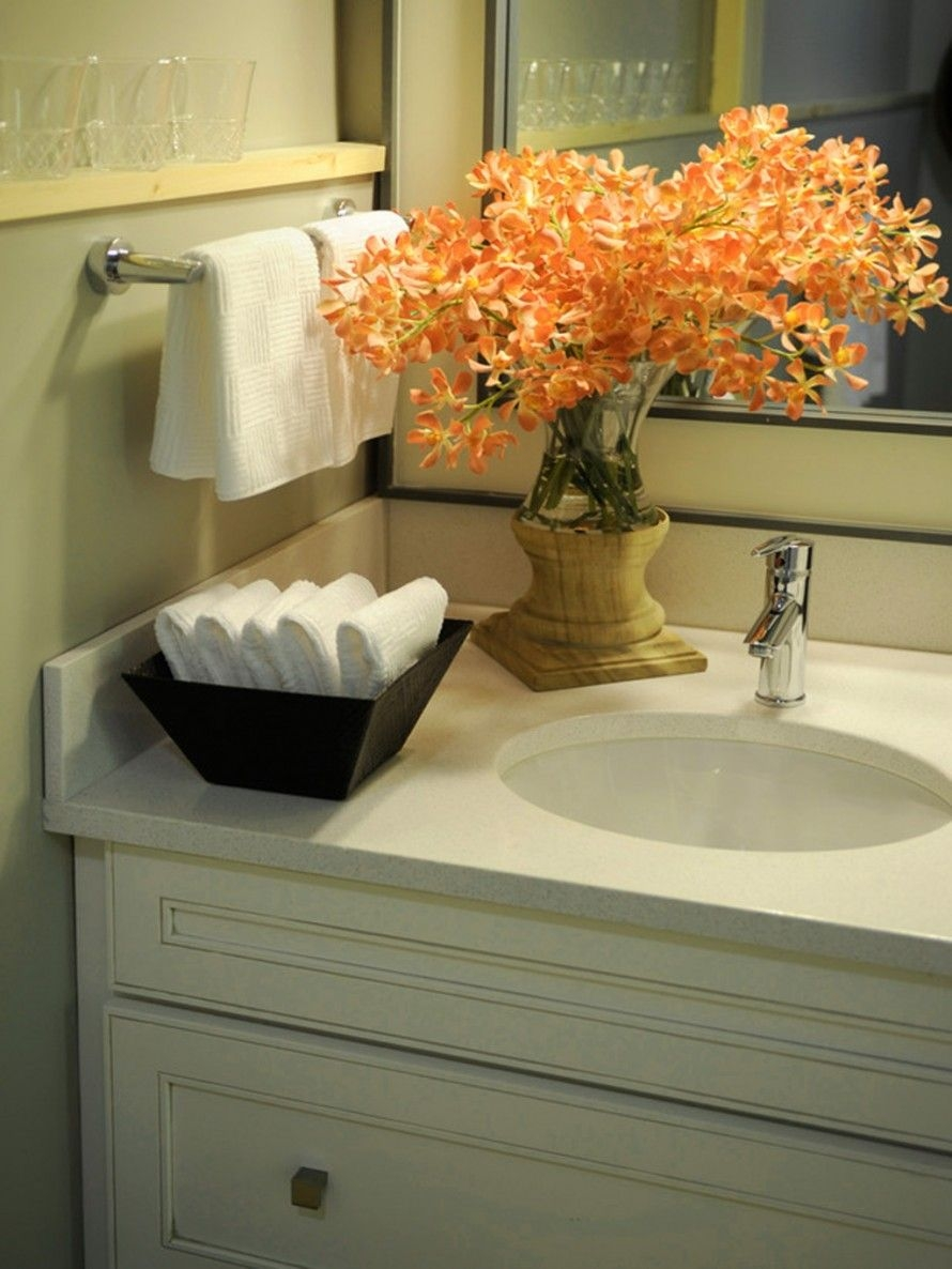 Guest Bathroom Idea Like The Bowl Of Hand Towels Bathroom