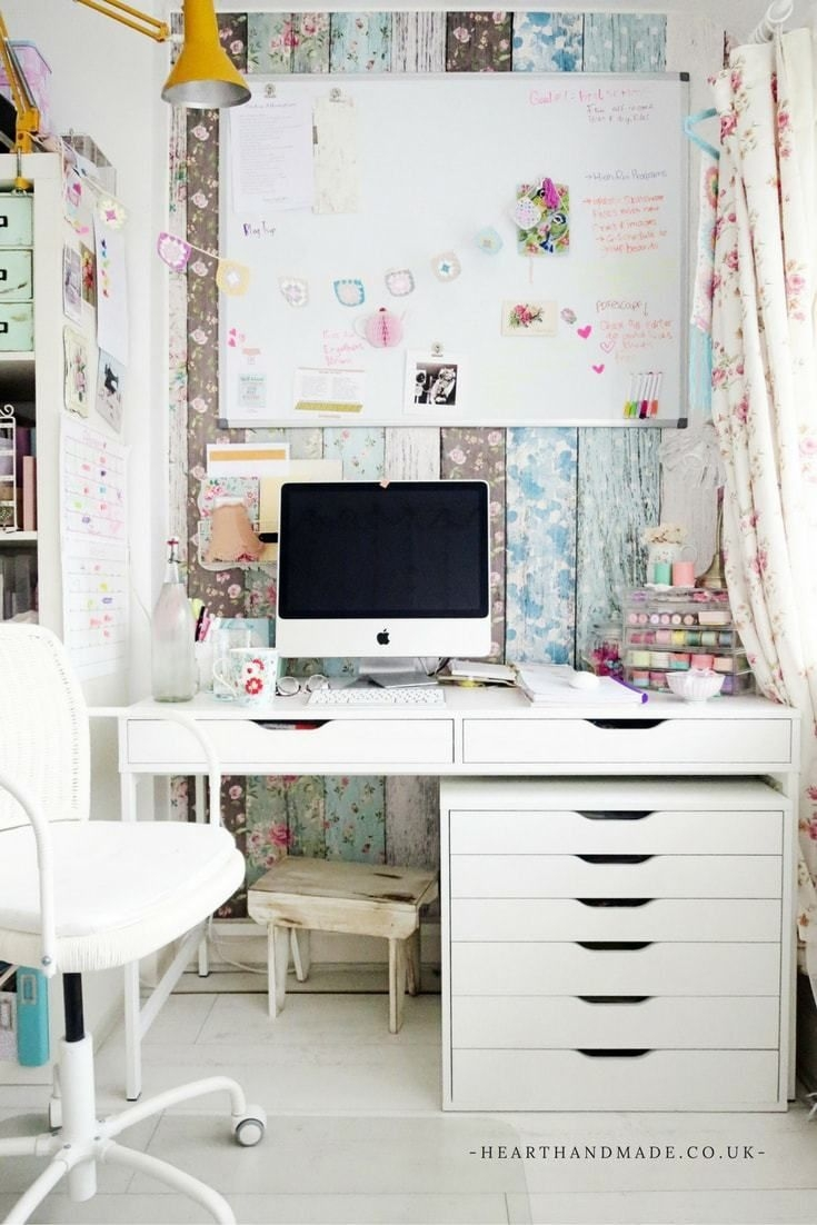 How To Rock A Creative Craft Room Guest Room Combo Saturday Sparks