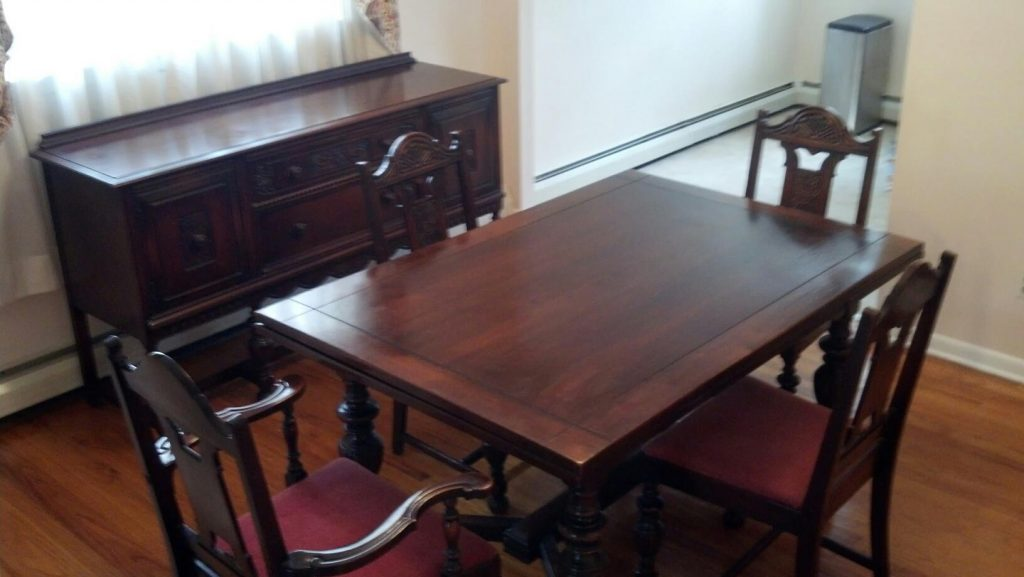 I Have A 1940s Vintage Solid Mahogany Dining Room Set That Includes