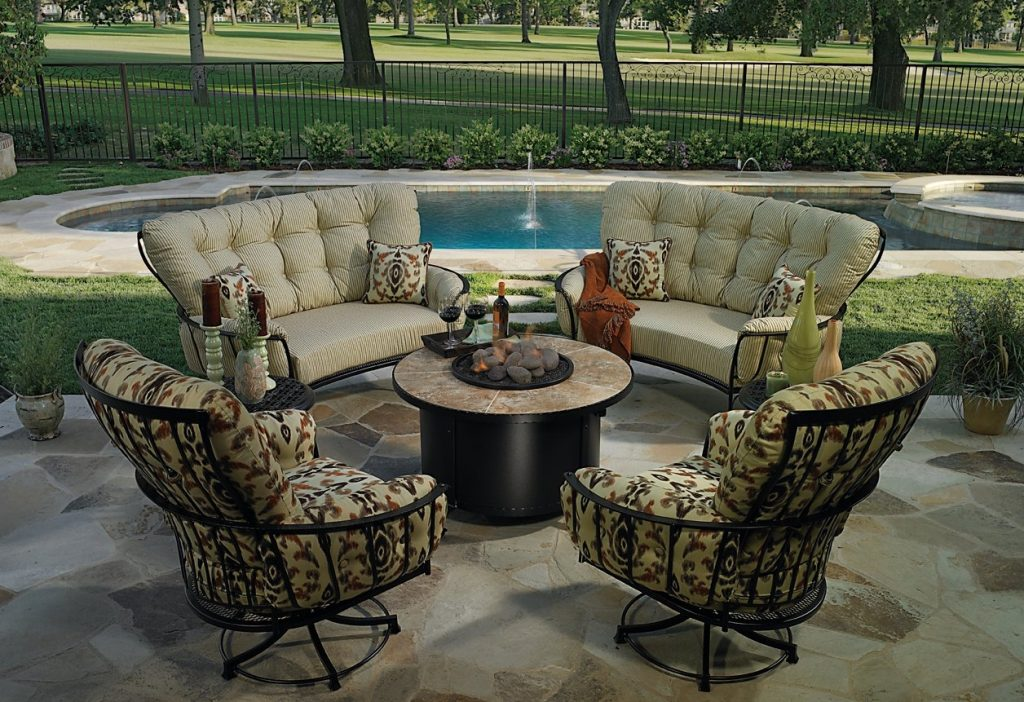 Iron Labadies Patio Furniture