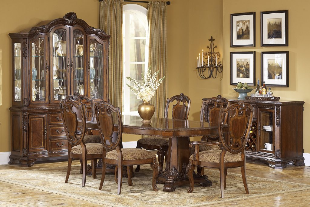Old World Formal Double Pedestal Table Dining Room Collection