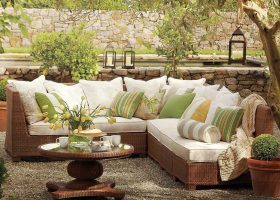 Outdoor Furniture Decor