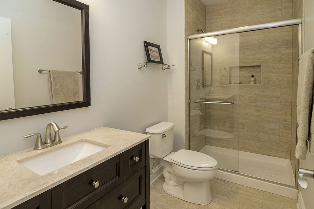 Steve Emilys Hall Bathroom Remodel Pictures Home Remodeling
