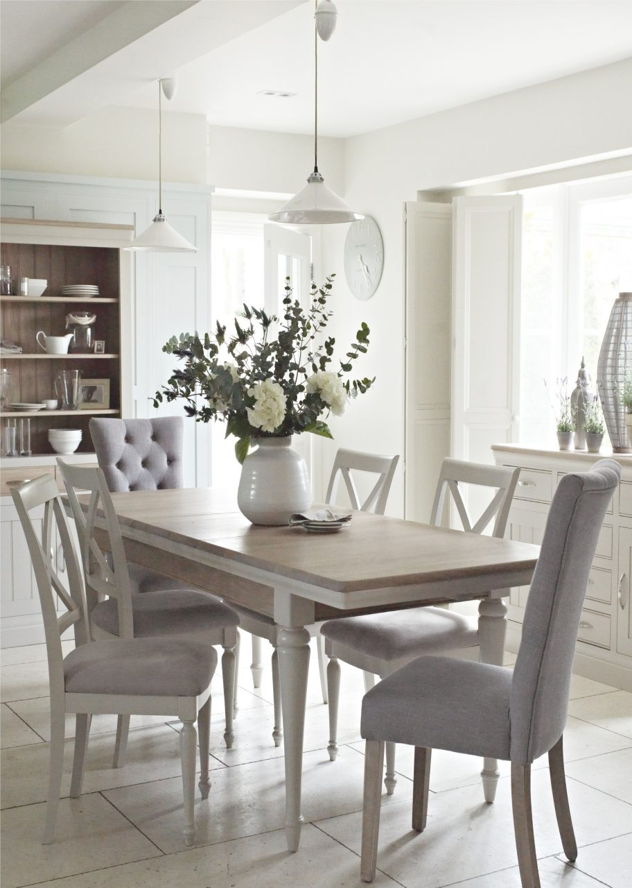 The Classic Bambury Dining Range Just Oozes Country Chic With A