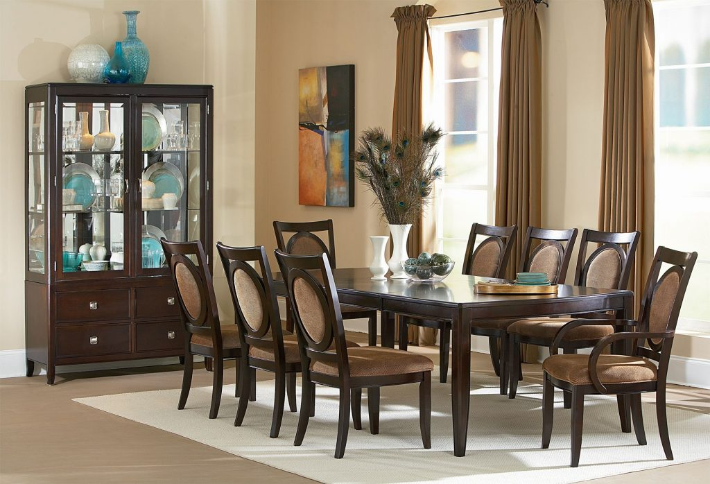 14 This Dining Table Offers The Counter Height Design And Will