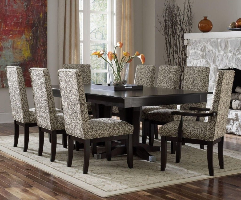 Decor Formal Dining Room Sets With Wooden Floor And Carpet In Room