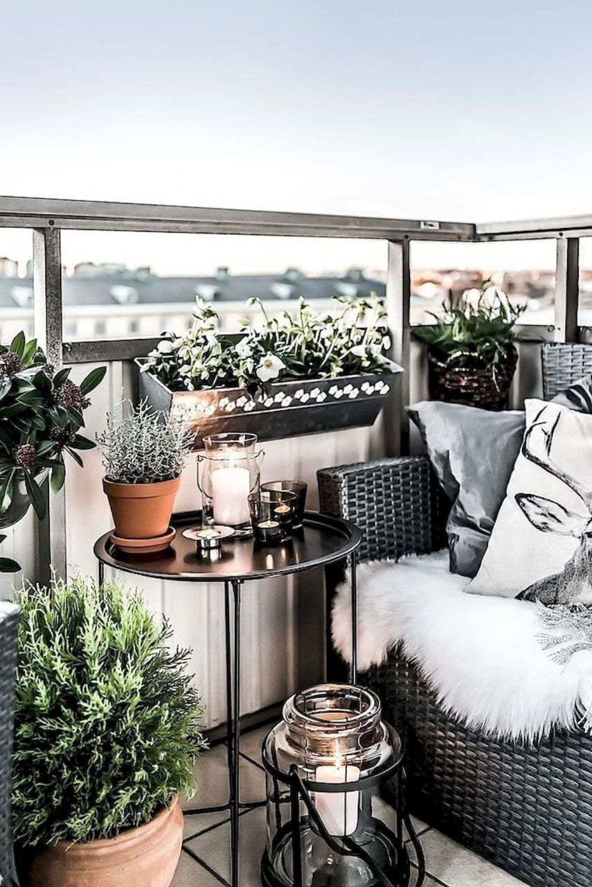 Pin Annike Design On Outside Pinterest Balcony Apartment