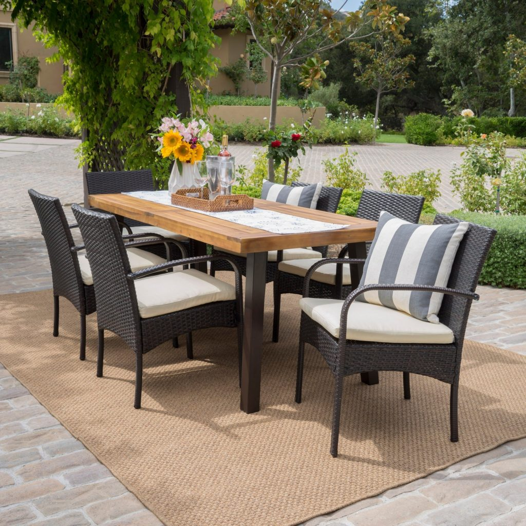 Shop Bavaro Outdoor 7 Piece Rectangle Dining Set With Cushions