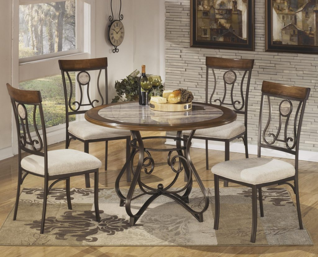 Signature Design Ashley Hopstand 5 Piece Round Dining Table Set