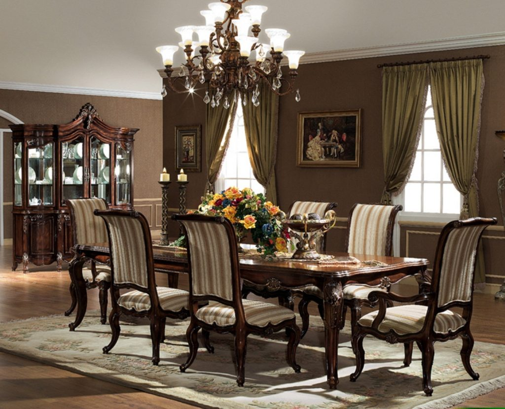 The Valencia Formal Dining Room Collection