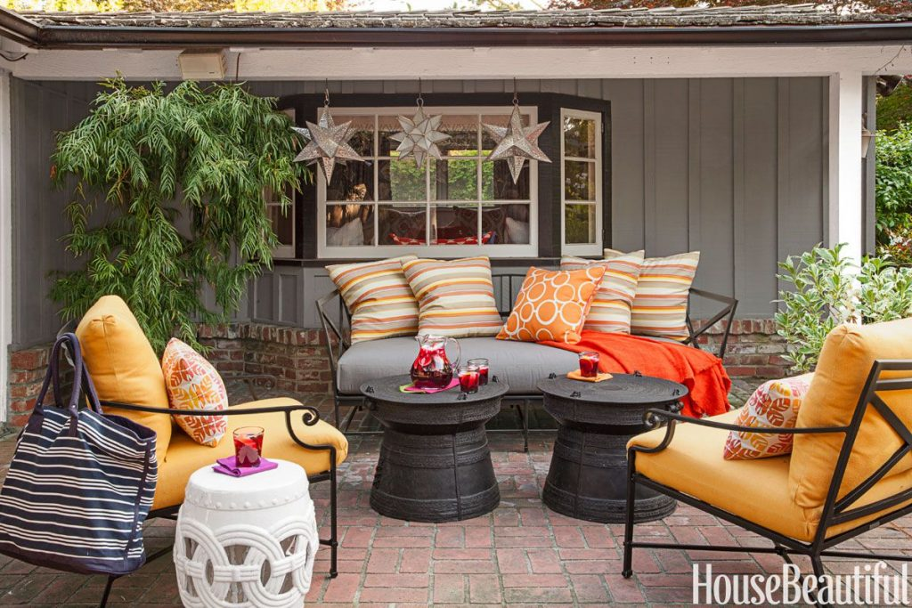 17 Best Outdoor Fall Decor Ideas Ways To Decorate Outside For Fall