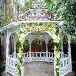 19 Stunning Outdoor Wedding Arch Ideas Wedding Arches Huppahs