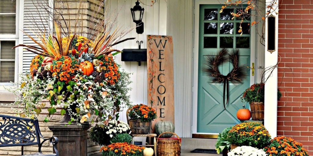 40 Fall Porch Decorating Ideas Ways To Decorate Your Porch For Fall