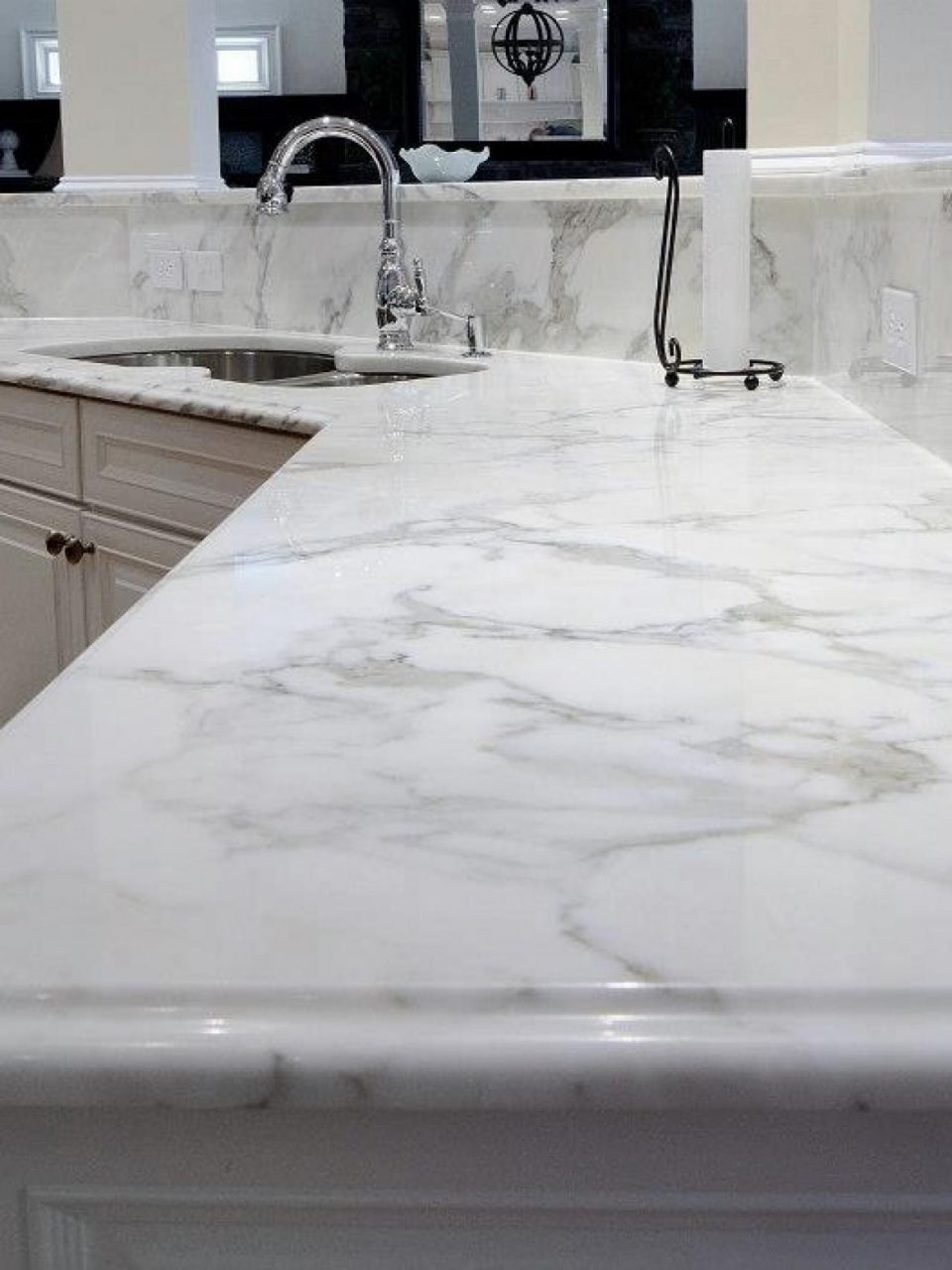 Calcutta Quartz Counter Top Looking At This For The Bathroom