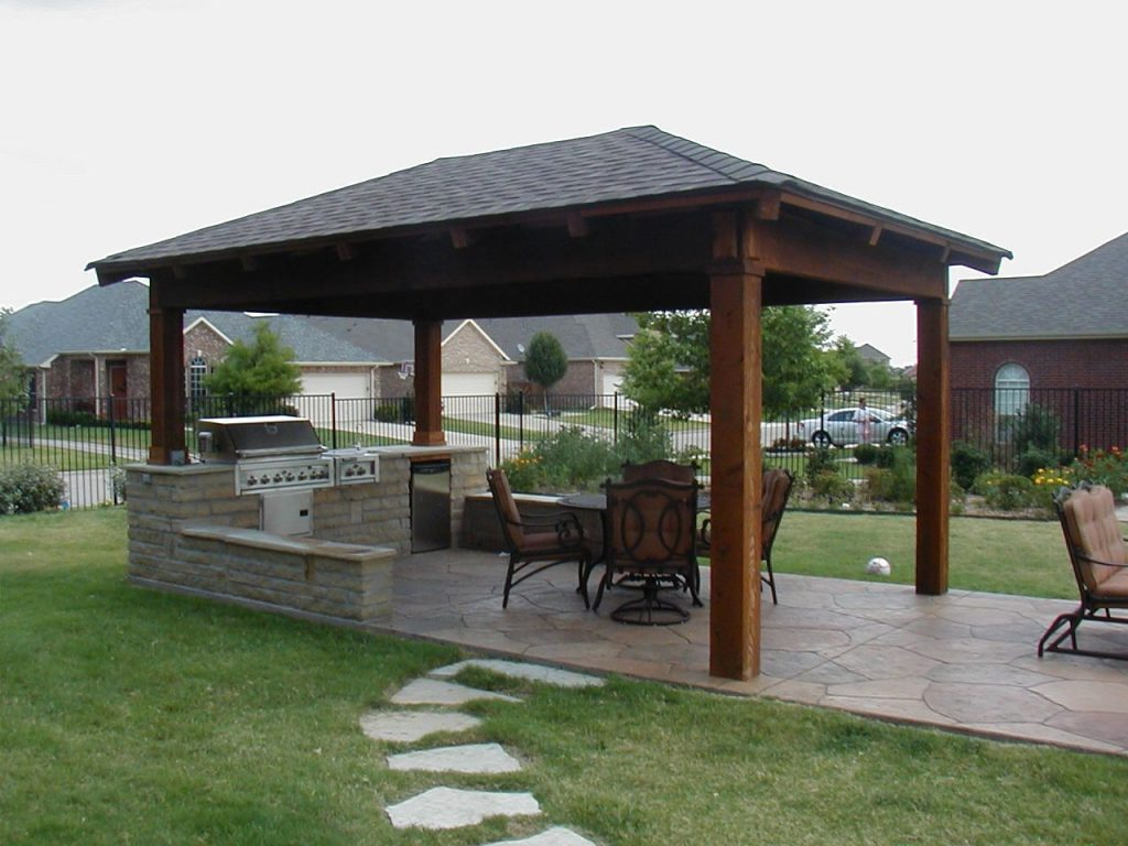 Country Outdoor Kitchen Designs With Granite Countertops For