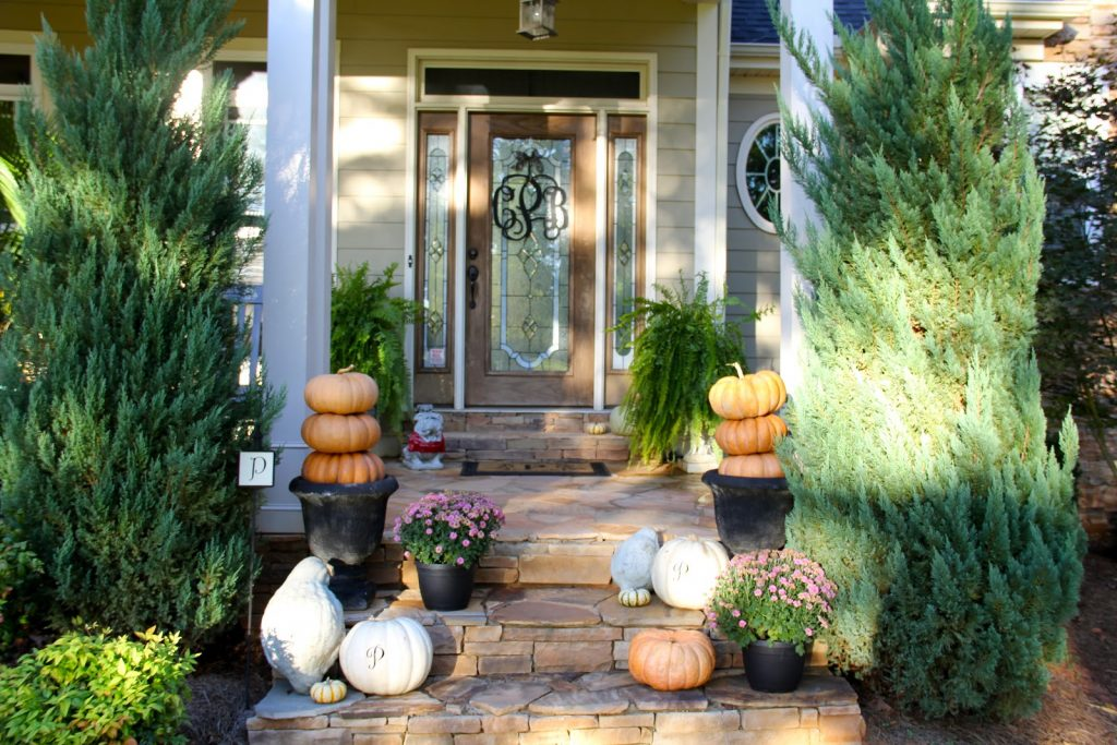 Fall Patio Decorating Interactifideas